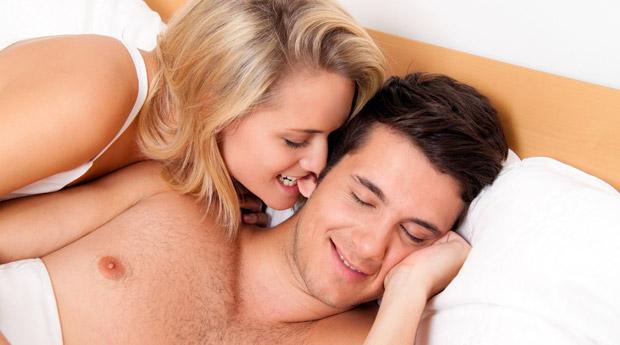 lyubovniki-v-posteli-foto